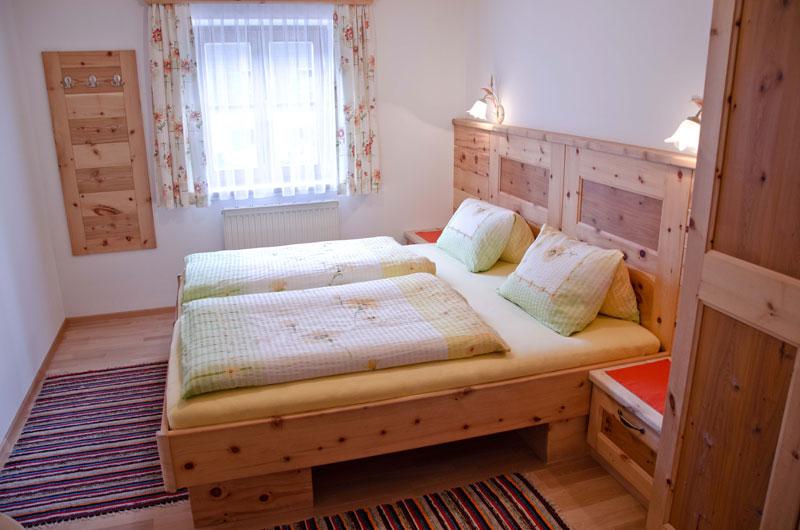 Doppelzimmer familienzimmer in leogang for Urlaub familienzimmer